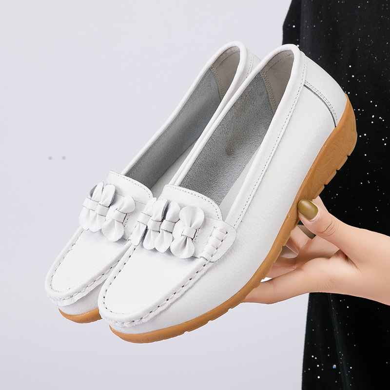 Women's loafers Butterfly-knot Plus size 44 Genuine Leather flat shoes women Moccasins ladies Antiskid female Flats Slip on