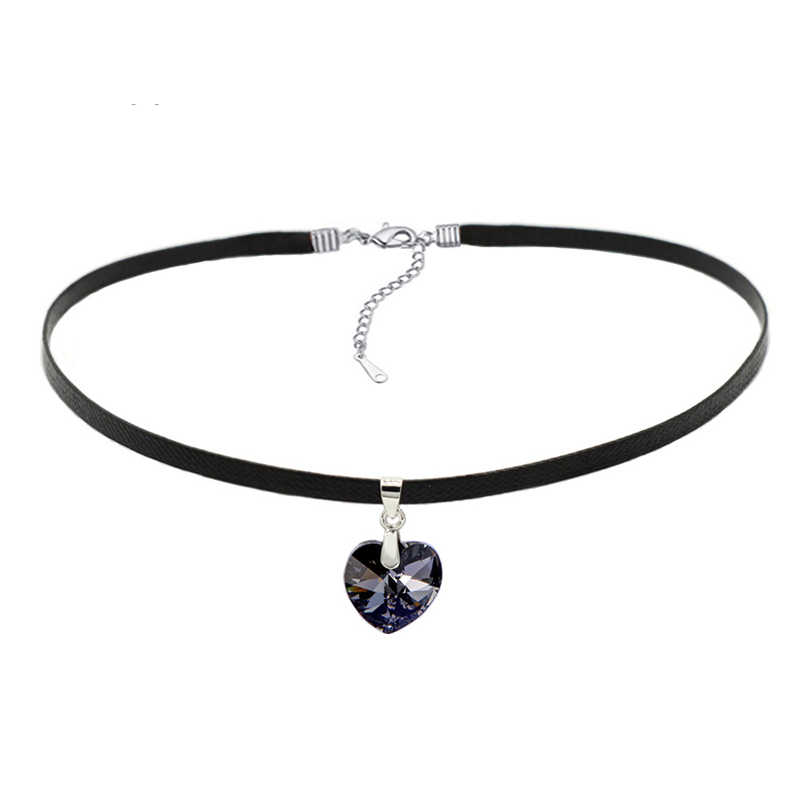 """NEW. A LADIES BLACK LEATHER CORD 13-14/"""" CHOKER CRYSTAL HEART CHARM NECKLACE"""