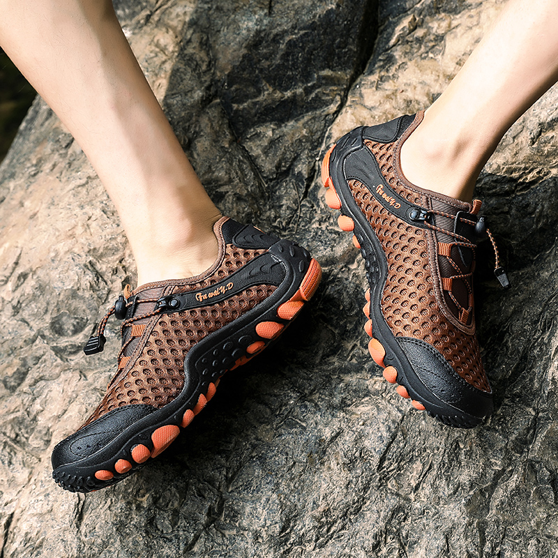 Aqua Shoes Ultra-light Quick-drying Beach Water River Walking 2019 Summer Men Mesh Breathable Flotillas Outdoor Hiking (50)