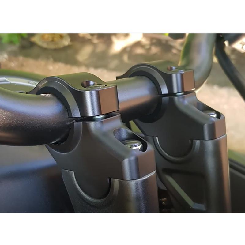 A 20mm Back or Forward Yamaha FZ6 Motorcycle Handlebar Bar Risers 30mm up