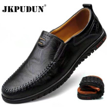 Mocassins de couro jkpudun, sapatos masculinos de luxo, slip on, formal, preto, italianos 2020