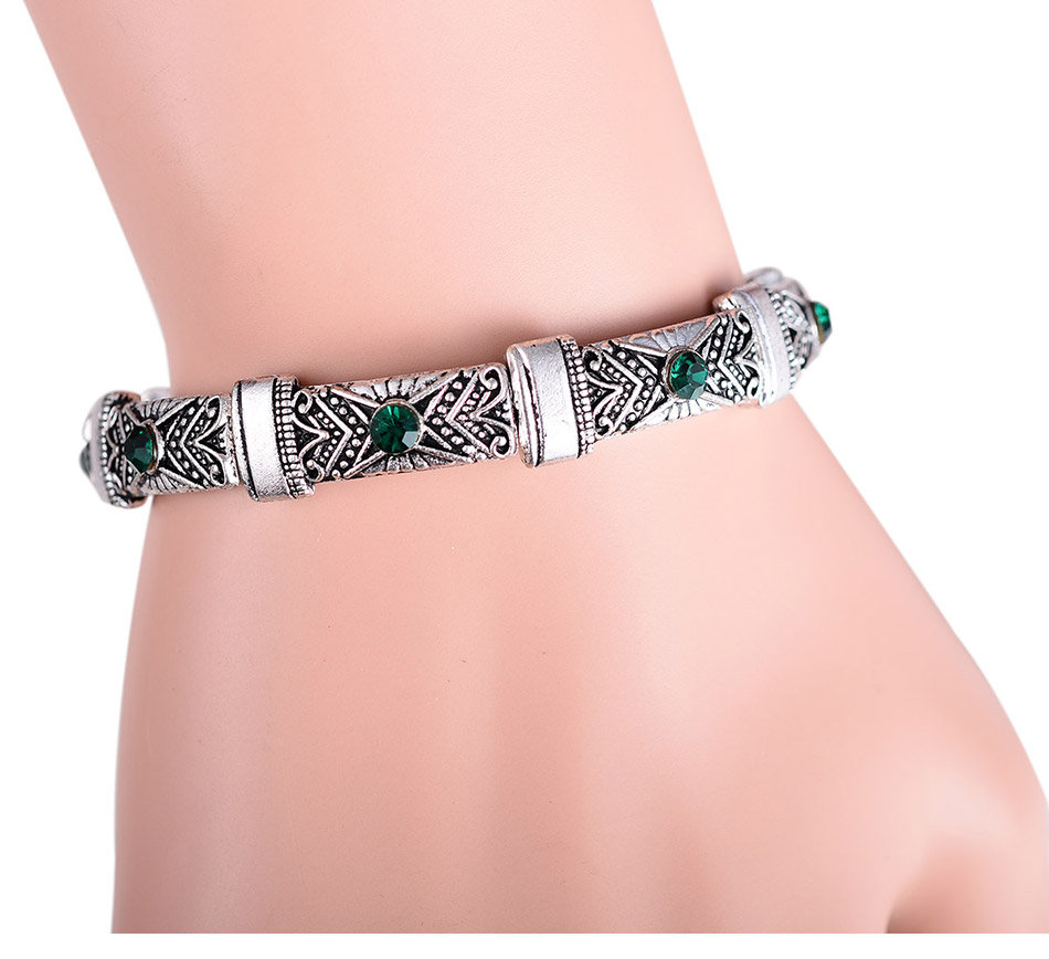 wholesale 20//50//100pcs alloy Tibetan silver skeleton charms pendant  17x14mm