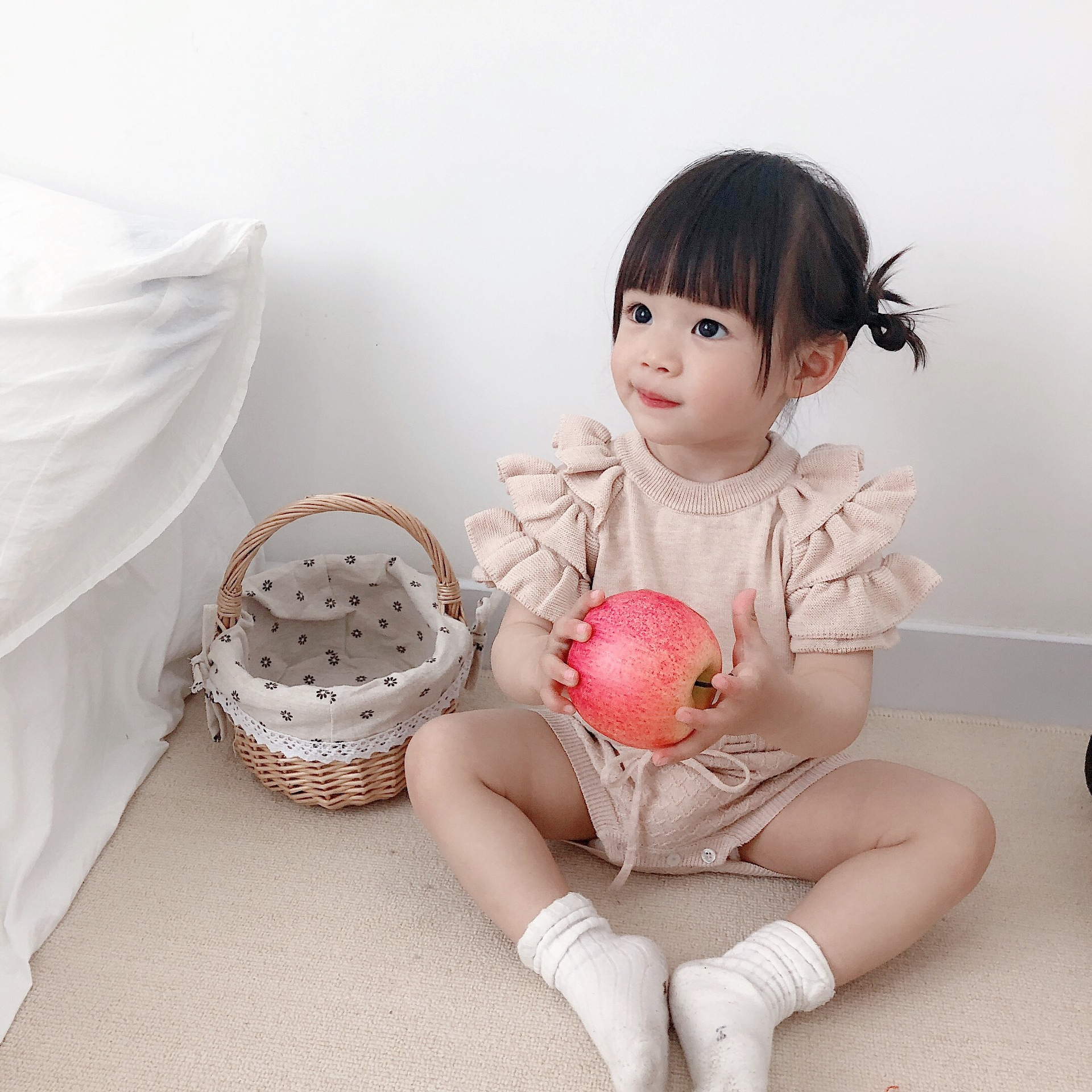 2020  summer baby romper  knitted lotus leaf sleeve sweet temperament creeper out one piece binding Romper