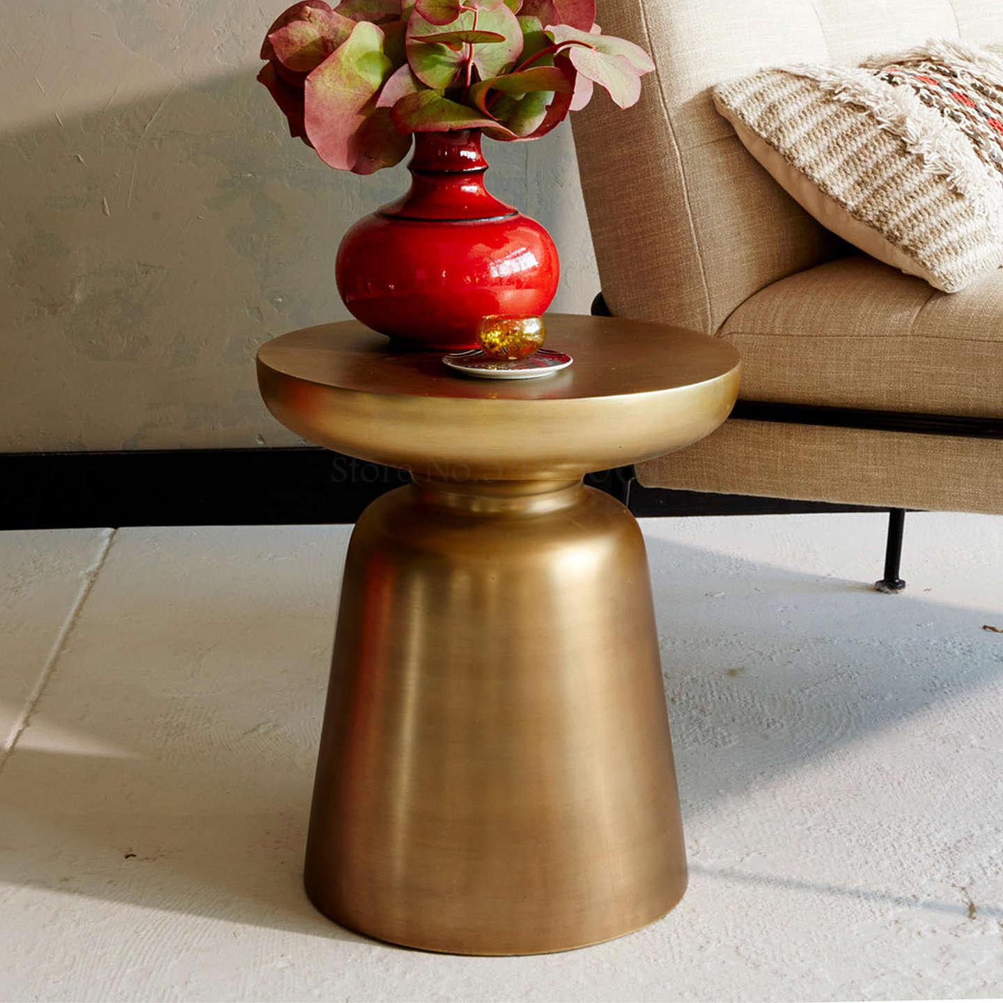 Sofa Bed Bedroom Bedside Table Small Table Side Table Light Luxury Metal Round Table Creative Removable Small Coffee Table Corne