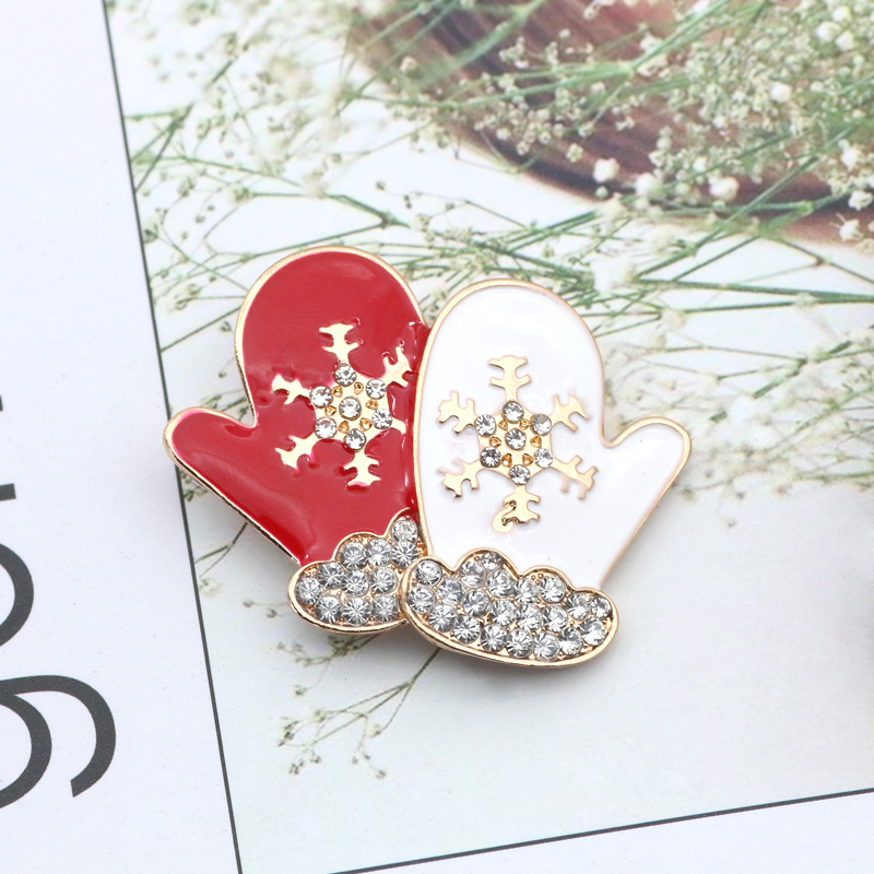 Fashion-Rhinestone-Snowflake-Gloves-Brooch-Large-Enamel-Pin-Winter-Xmas-Pins-Brooches-For-Women-Christmas-Gifts
