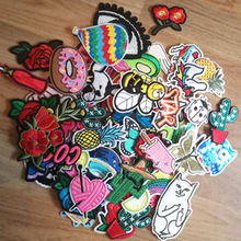 10/20pcs/lot Random Mixed Patch Set Iron Sew On Patches Cartoon Cute Embroidered Applique