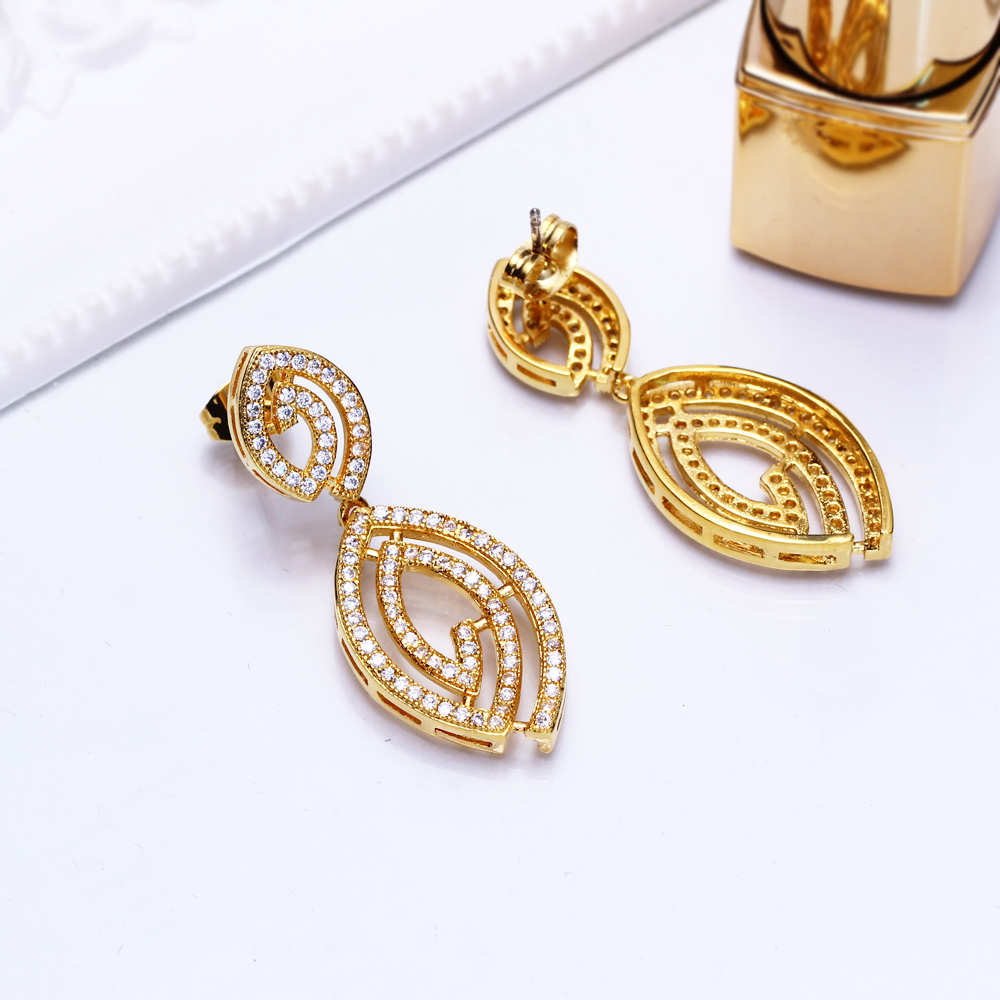 Earrings (5)