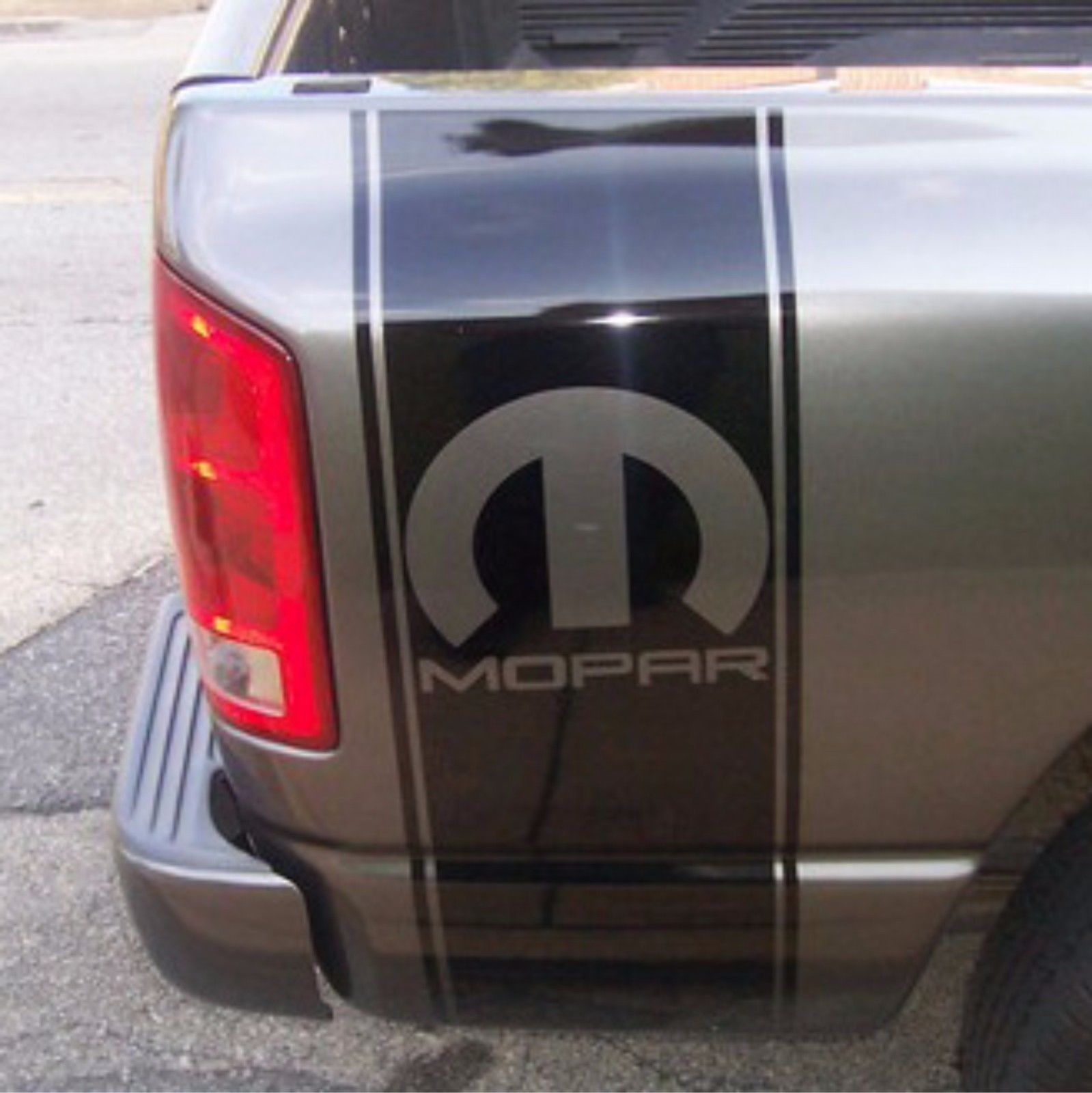 Dodge Ram 1500 5.7 L Hemi Performance Vinyl sticker tailgate decal stripe mopar