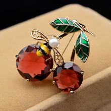 Brooches Bee-Pin Cindy Xiang Cherry Cubic-Zirconia Large Women Enamel 2-Colors Copper