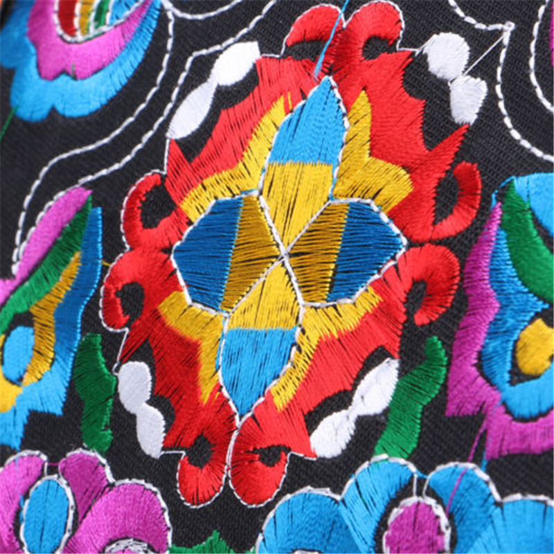Sac brodé ethnique  avec croix de Vajra | oko oko