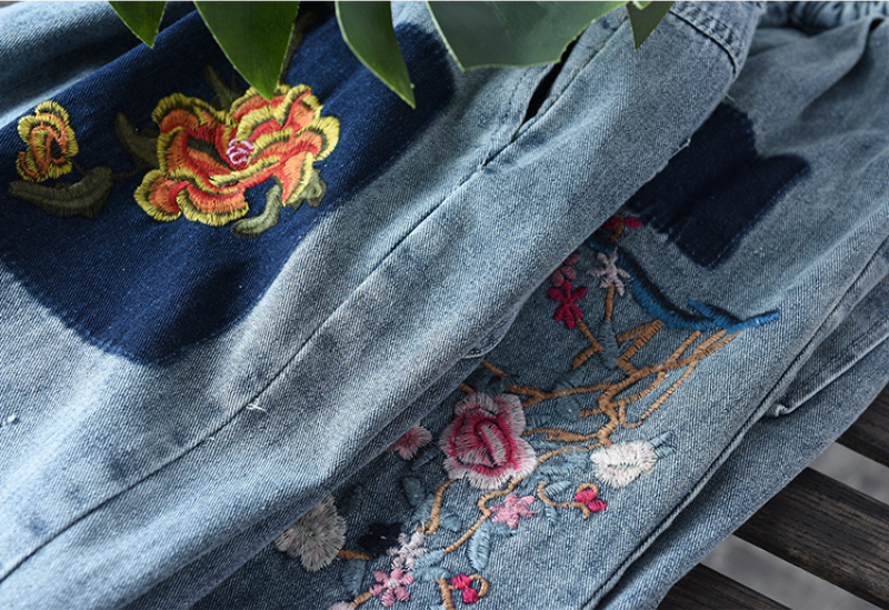 2020 Fashion Embroidery Floral Jeans Women Elastic Waist Casual Harem Pants New Loose Spring Ripped Patchwork Denim Trousers