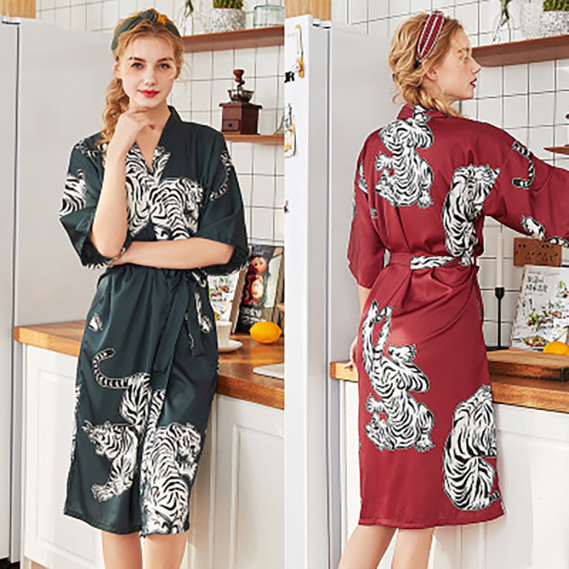 YAO TING New silk wedding pajamas ladies spring and summer long bridesmaid red bridal gown home dressing gown