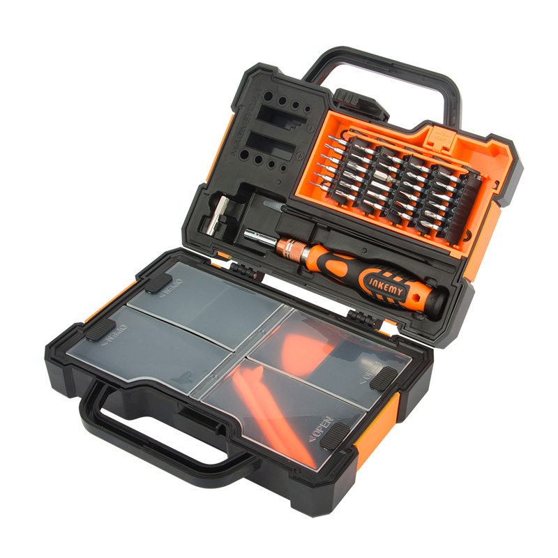 Screwdriver Set with Accessory Box (1)