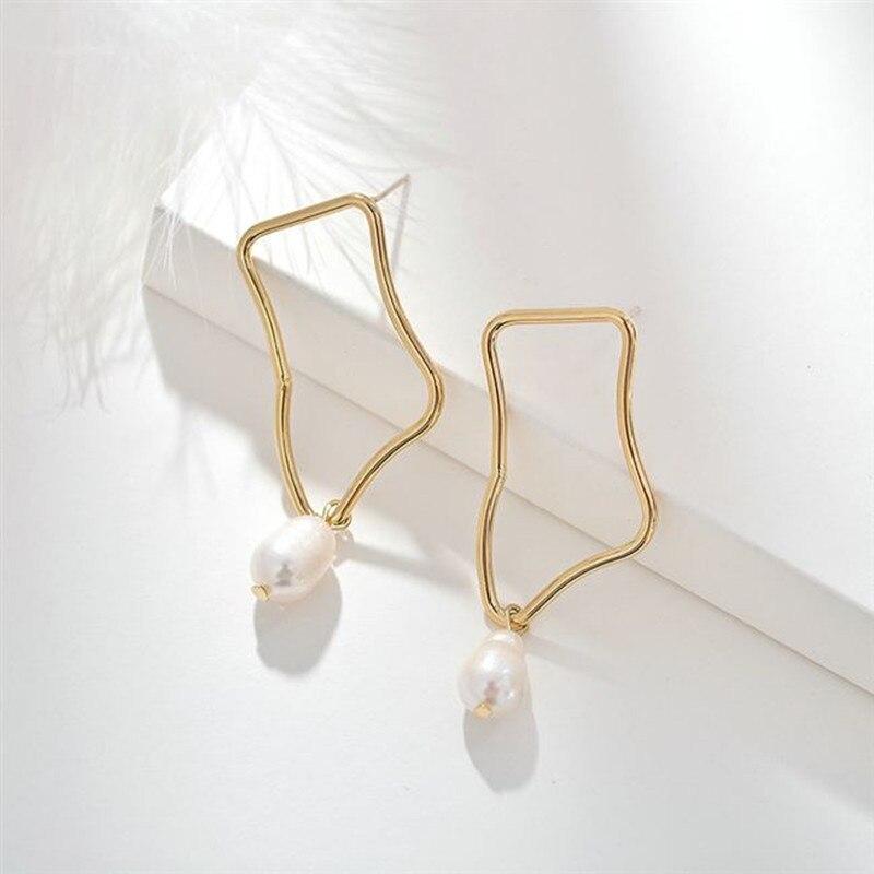 Punk stud earrings tassel popular curve metal Irregular stud earrings Cute Romantic Freshwater pearls earrings for women jewelry