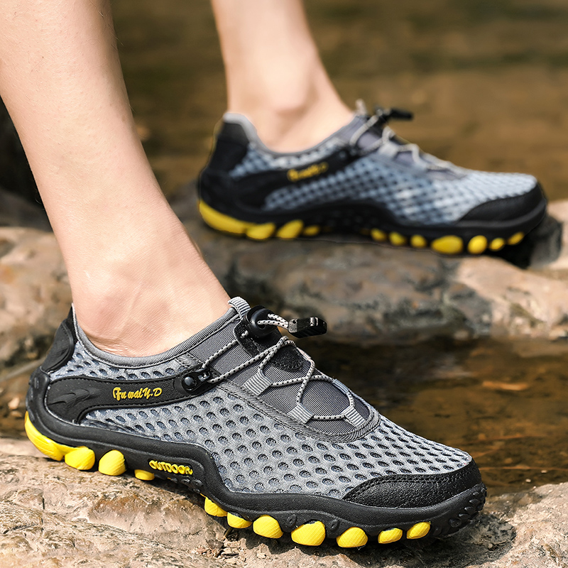 Aqua Shoes Ultra-light Quick-drying Beach Water River Walking 2019 Summer Men Mesh Breathable Flotillas Outdoor Hiking (34)