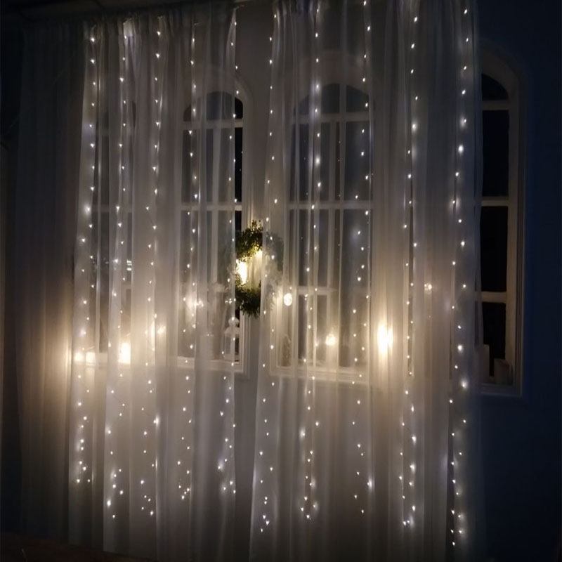USB Powered Multicolor Window Led Curtain String Lights with Remote