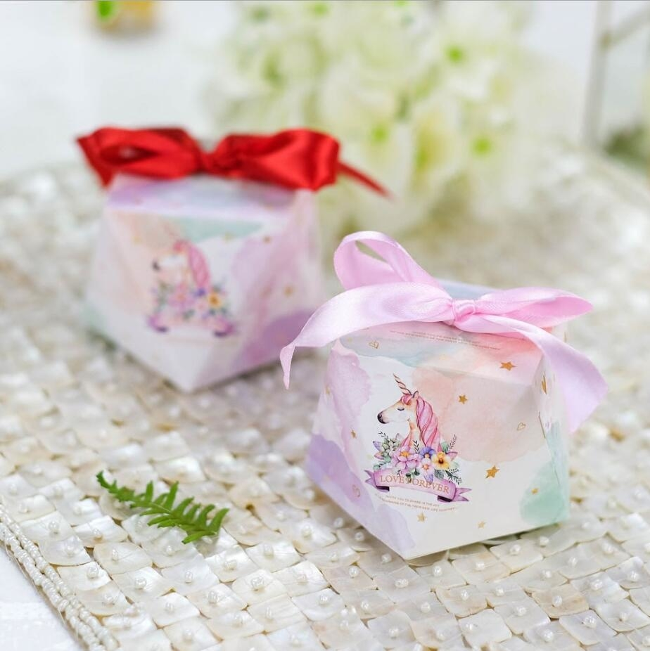 12x Unicorn Birthday Party Favor Bags Paper Sparkle Sweet Treat Candy Gift Bag