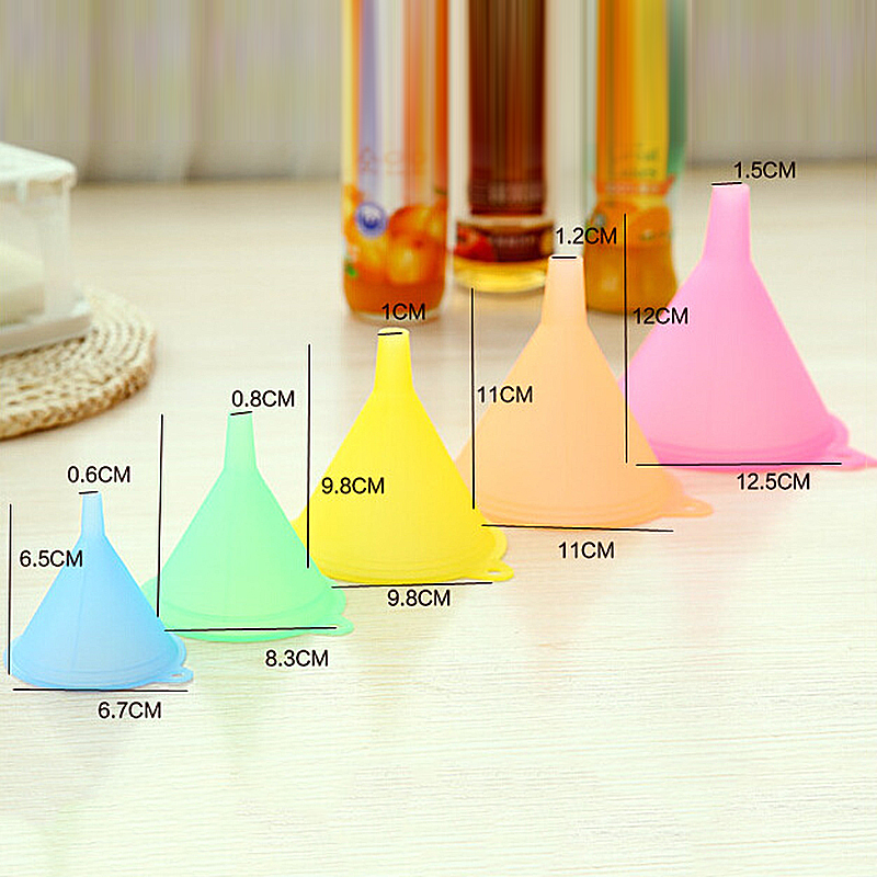 Set-Oil Funnel Plastic Kitchen Small Large Liquid PC 5pcs Variety-Kit Colorful Medium title=
