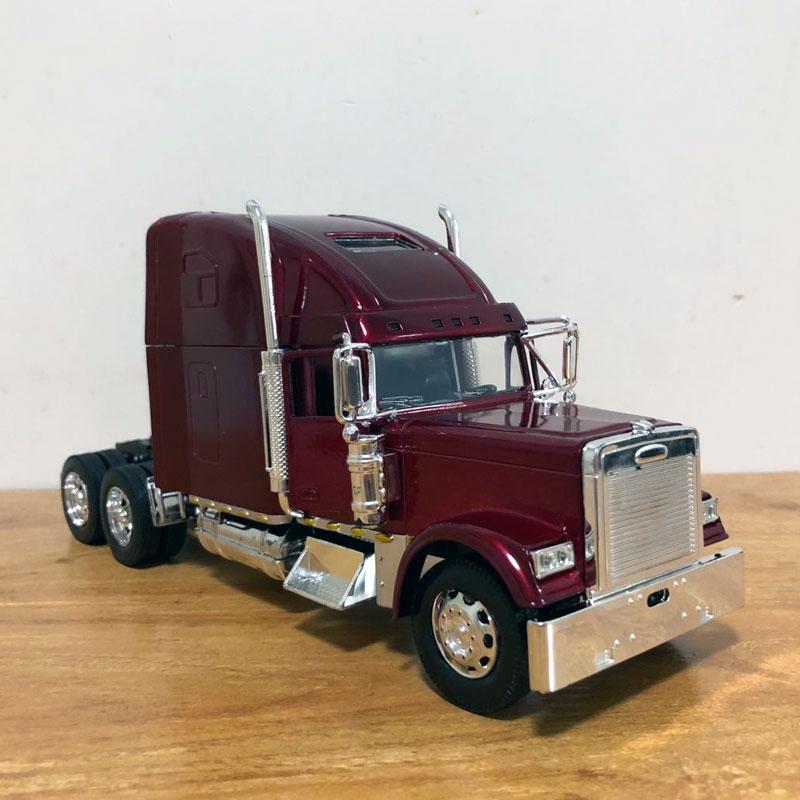Freightliner Truck (7)