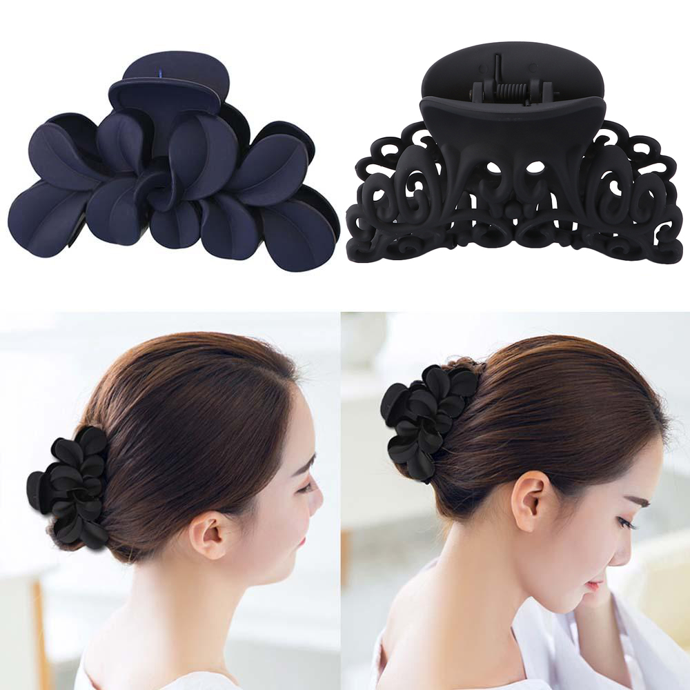 2019 New Women Black Plastic Hair Claw Hair Clips Hollow Out Carving Crab Bathing Hair Clamps Accessories
