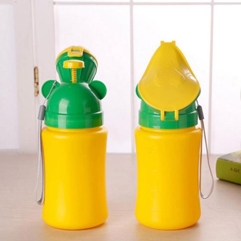 Adore store Enfant urinoir Portable Voiture Mini Leakproof appareils urinaire Potty Toilette Bouteille Enfants Formation Coupe du Pot pour Camping Park Voyage 1pc Gar/çons Type de