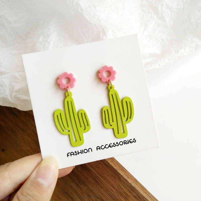 Fashion plants stud earrings female Classic beautiful cactus earrings Cute Romantic Geometric resin earrings for women jewelry