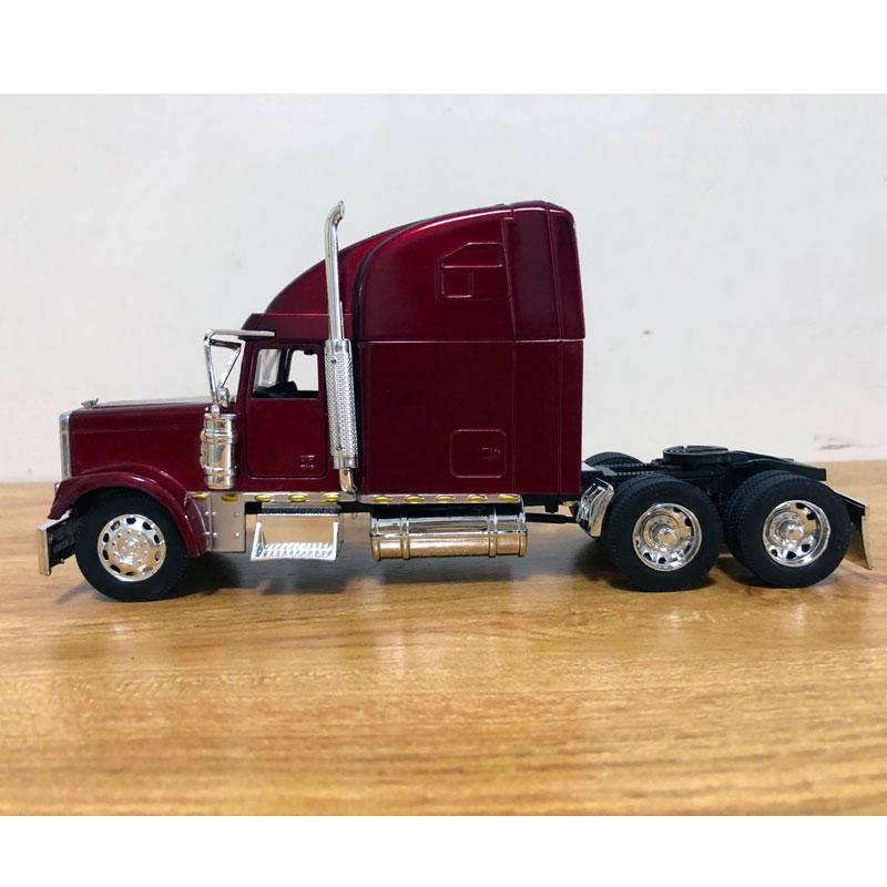 Freightliner Truck (3)