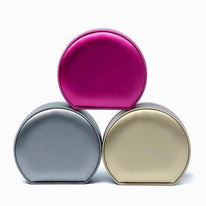 Gemelos de plata de ley 925 para hombre con bolsa de regalo de color morado y caja de joyer/ía negra.