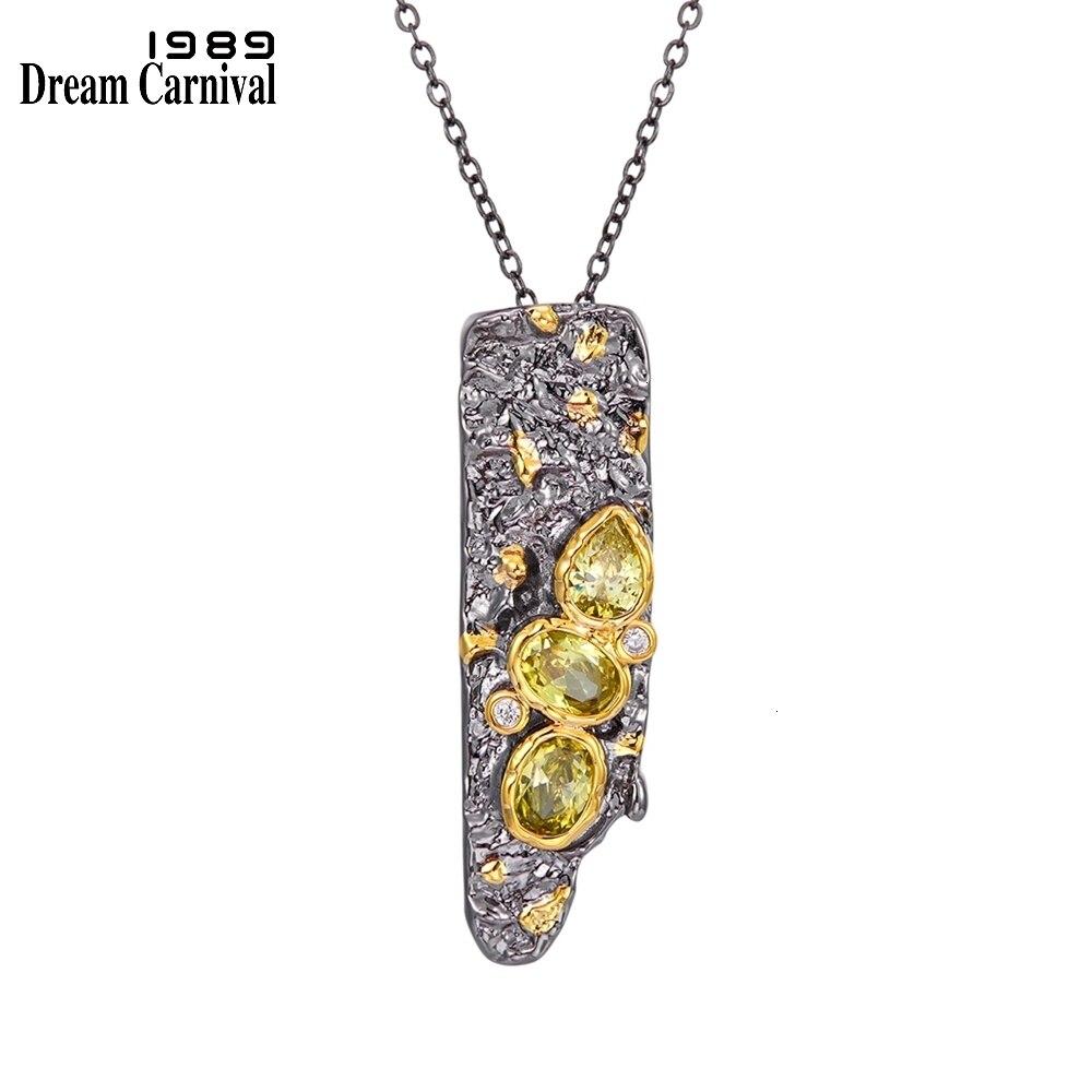 WP6672 DreamCarnival1989 New Stone Age Collections Gothic Pendant Necklace for Women Black Gold Color Vintage Unique Olivine CZ (1)