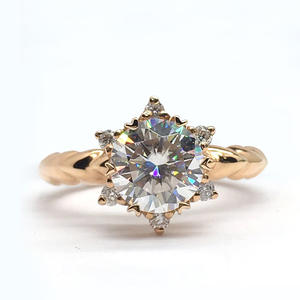 Moissanite Ring Rose...