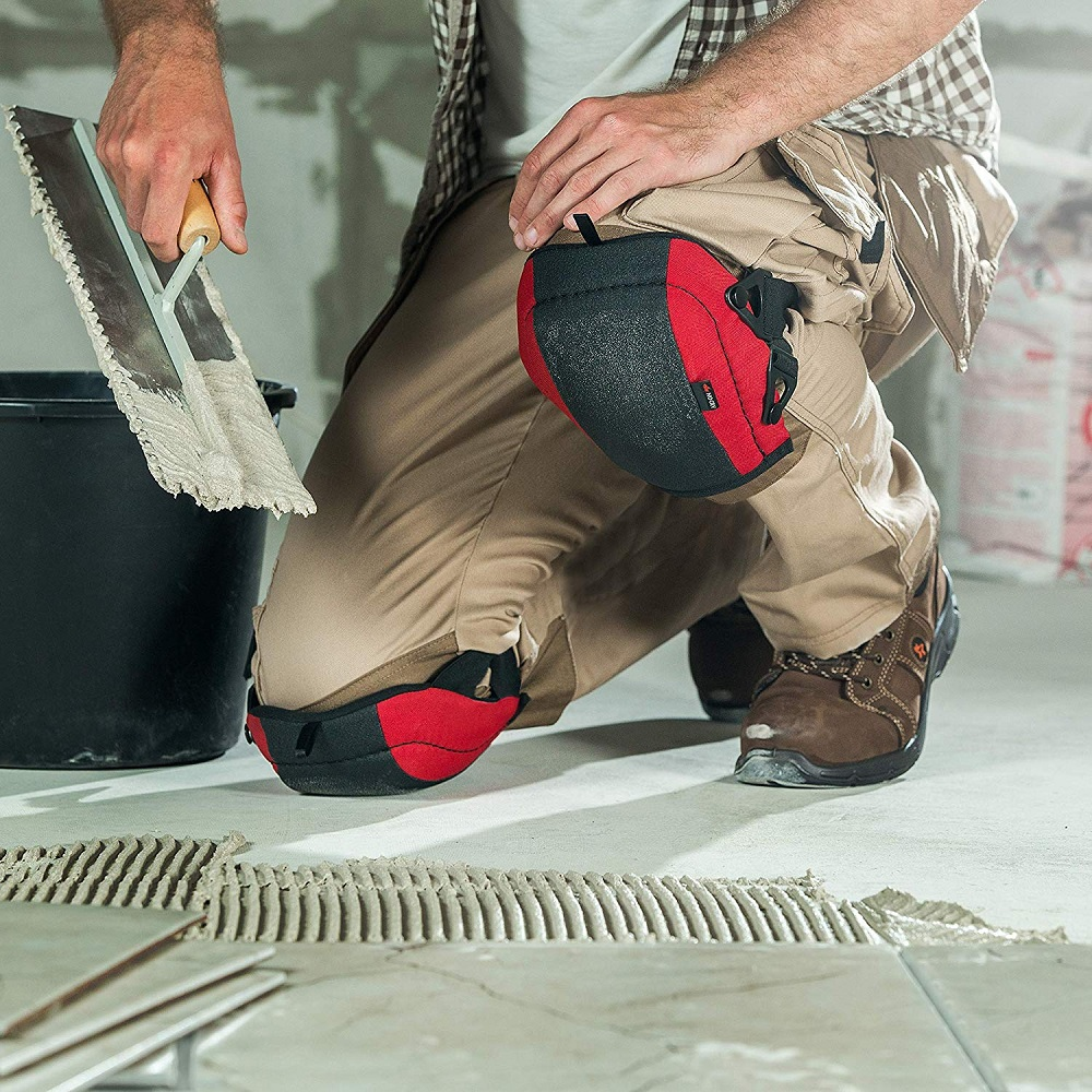 Flooring and Roofing Knee Pads with Foam Padding and No-slip Leather , Strong Double Straps and Adjustable Easy-Fix Clips