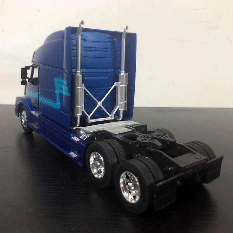 volvo vn780 blue (8)