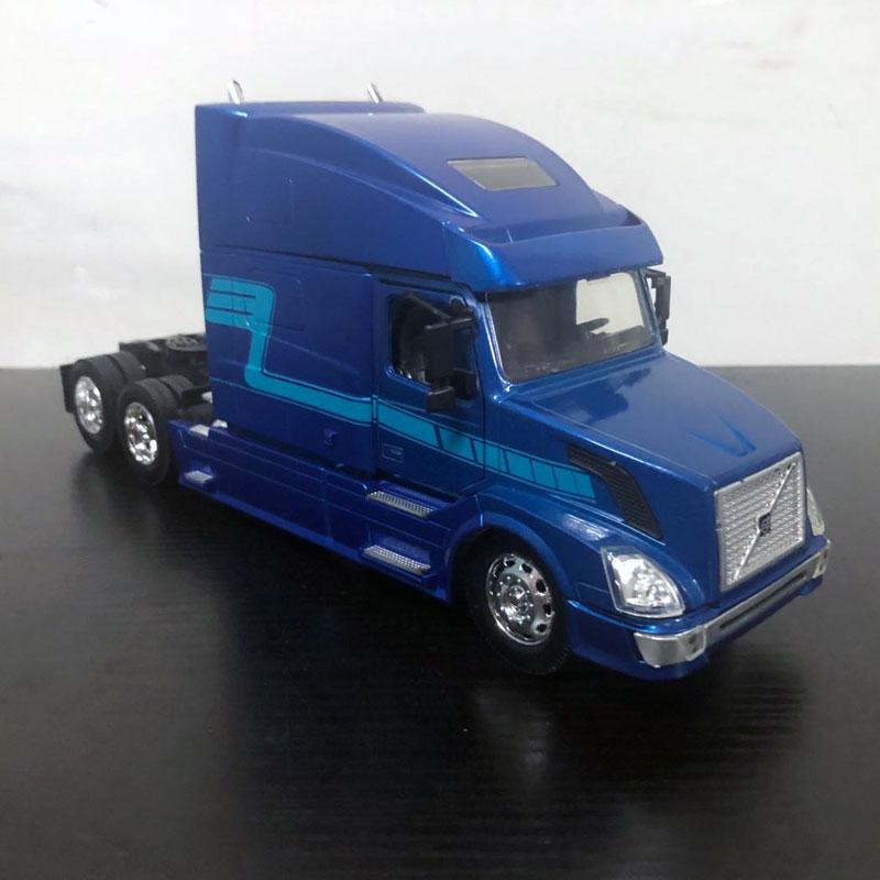 volvo vn780 blue (12)