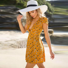 New Fast-Selling Amazon Hot-Selling Deep V-Band Little Flower Dresses with  Slender Waist and Beach A-shaped 3c0045dc5f9b