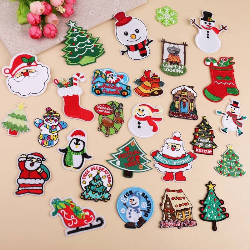 """Santa Claus Christmas 2 1//4/""""H Embroidered Iron On Applique Patch"""