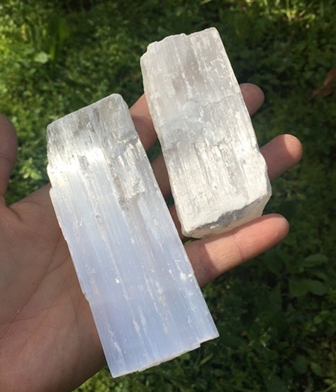 2Pc Natural Clear White Crystal Point Quartz Raw Stone Terminated Wand Specimen