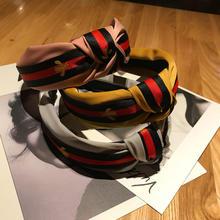 2019 Fashion Musim Dingin Hairband Ikat Kepala Serban Bergaris-garis Rambut  Band Bee Pola Cetak Rambut Aksesoris Bayi Perempuan . 6486d6190f