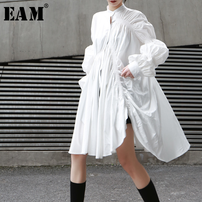 [EAM] 2019 New Spring Summer Stand Collar Long Sleeve White Pleated Stitch Irregular Big Size Shirt Women Blouse Fashion JO478