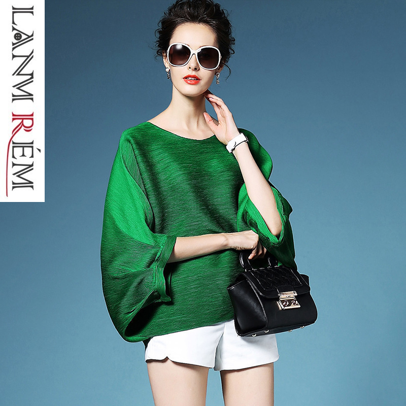 LANMREM 2019 High Quality New Fashion Loose Pleated T-shirt Round Collar Batwing Half Sleeve Pleated Women's Big Size Tops YE112