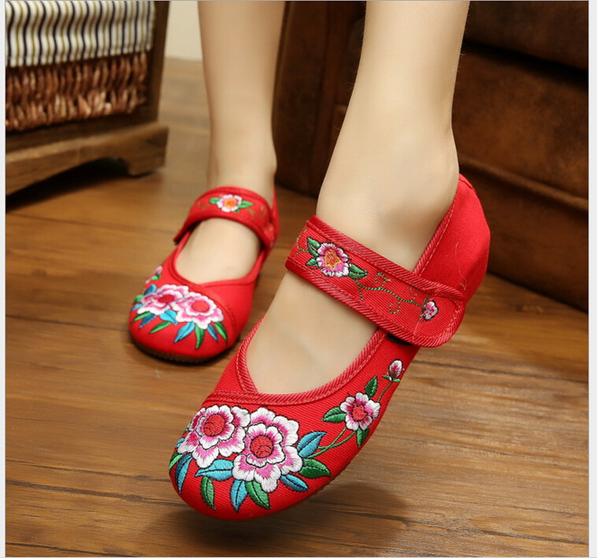 Flower Embroidery Old Beijing cloth shoes cotton Summer single woman shoes  dancing Shoes  dancing Shoes<br><br>Aliexpress