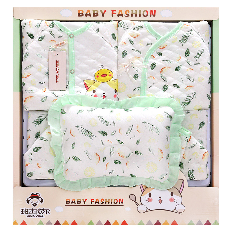 100% Thick Cotton baby clothes toys gift box newborn climb clothes Baby Full Moon Birthday Gift Set<br>