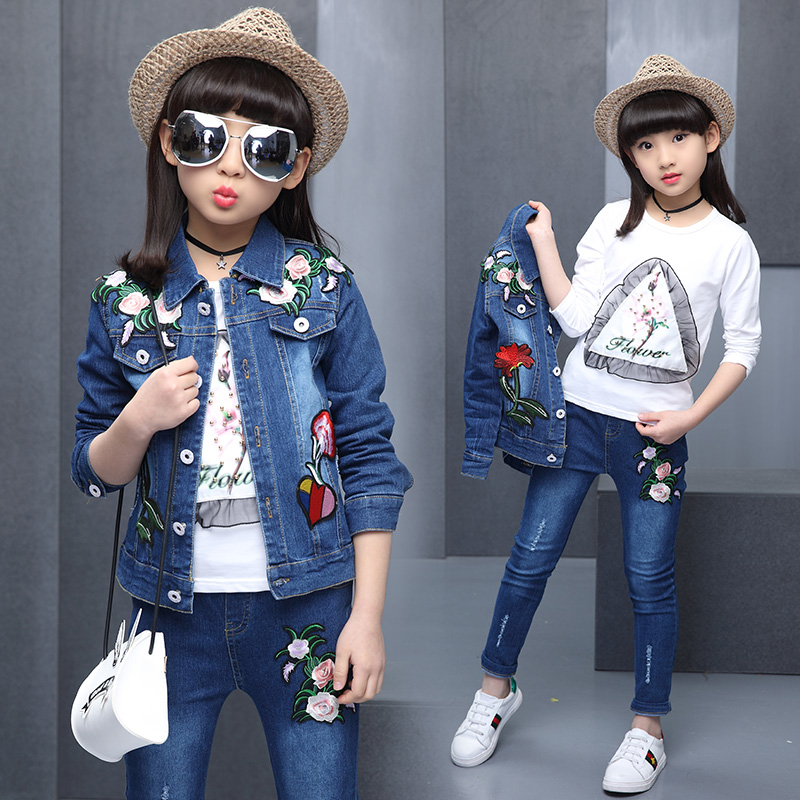 Spring and autumn Girls Hot jeans, three sets, 4-13 year old children cotton print T-shirt + Embroidered Flower cowboy suit<br>