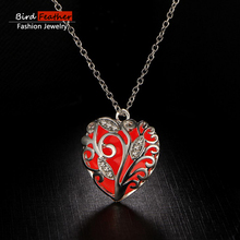 2017 New arrival Simple fashion cute Trendy style red Luminous Rhinestones chain pendant necklace for women best gift NPY189