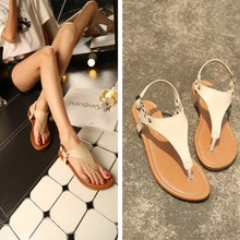 2016 Roman summer women students flat soft bottom thong flip flops buckle rivets T-strap slippers girls gladiator sandals shoes(China)