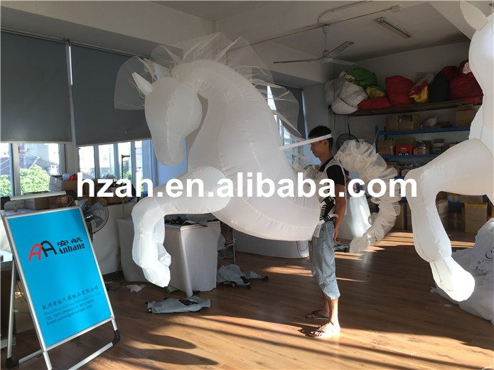 inflatable horse (9)