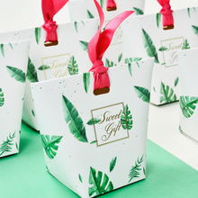 50 x European Style Creative Sweet Gift Cloud / Leaves Wedding Favors Candy Boxes Party Gift Box Paper Candy Bags With Ribbons(China)