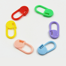 100Pcs Locking Stitch Markers Crochet Latch Knitting Tools Plastic Knitting Crochet Random color Ganchillo de punto