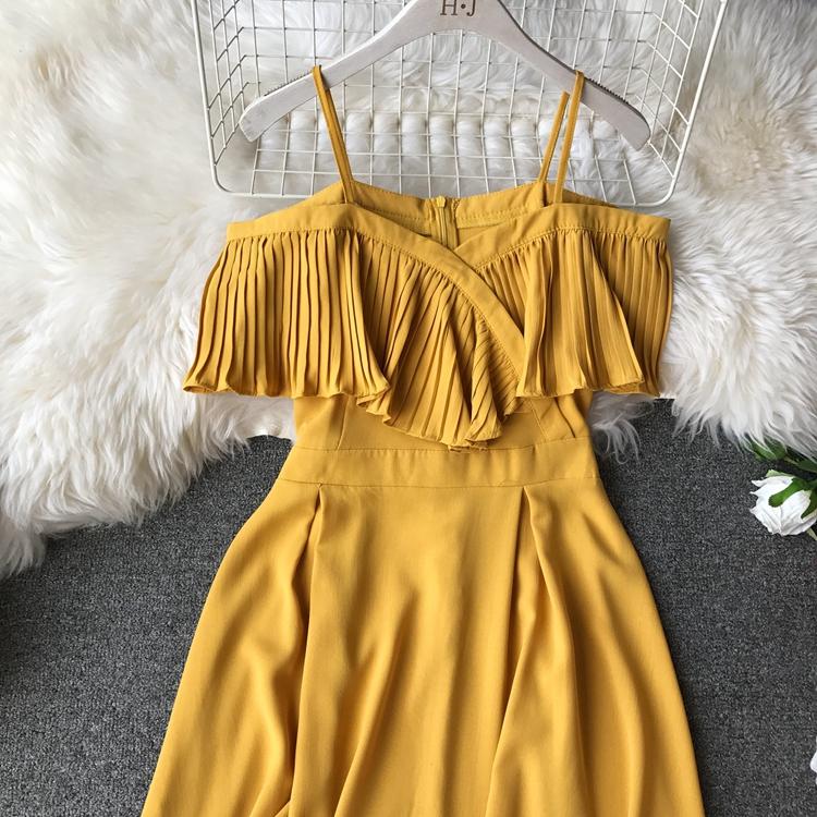 2019 Spring Women Chiffon Pleated Braces Sling Spaghetti Strap Goffer Long Dress Ladies Ruffles Empire Drapped Swing Slip Dress 212