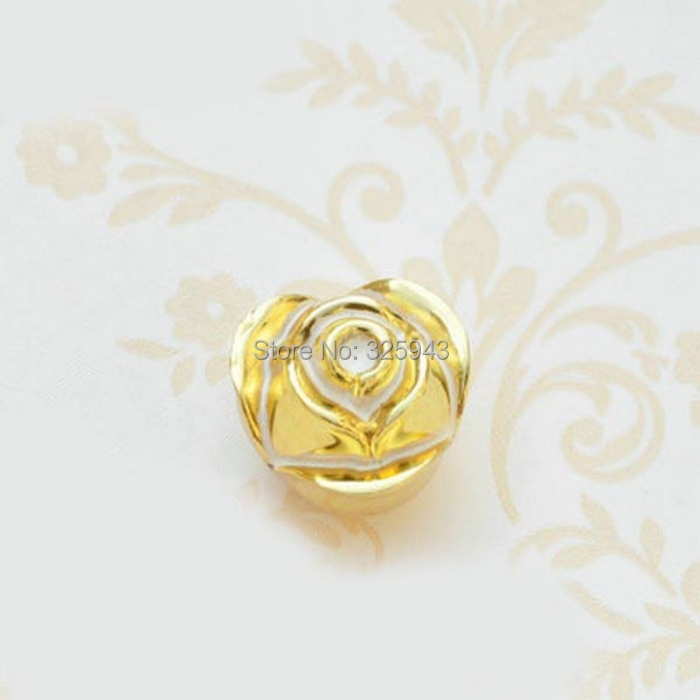 Free Shipping 33mm Vintage Antique European Style Golden Color Palace Wardrobe Pull  Knobs Kitchen Cabinet Dresser Drawer Handle<br><br>Aliexpress