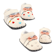 2016 New Handmade Infant Toddler Soft Sole Embroidered Love Hearts Newborn Baby First Walker Outdoor Shoes 0-18M